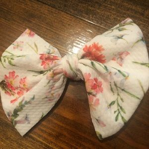 Flower print hair bow